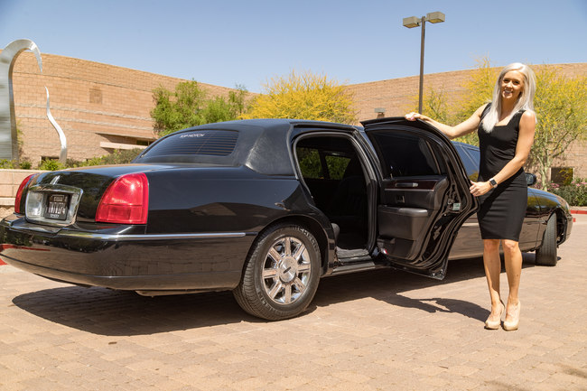 Upscale Executive Transportation and limo service in Phoenix, AZ
