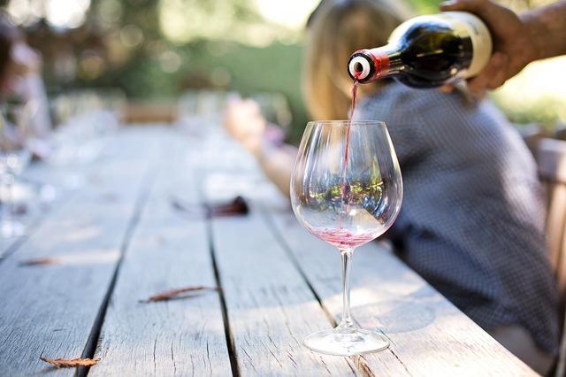 Arizona wine tours from Phoenix or Sedona