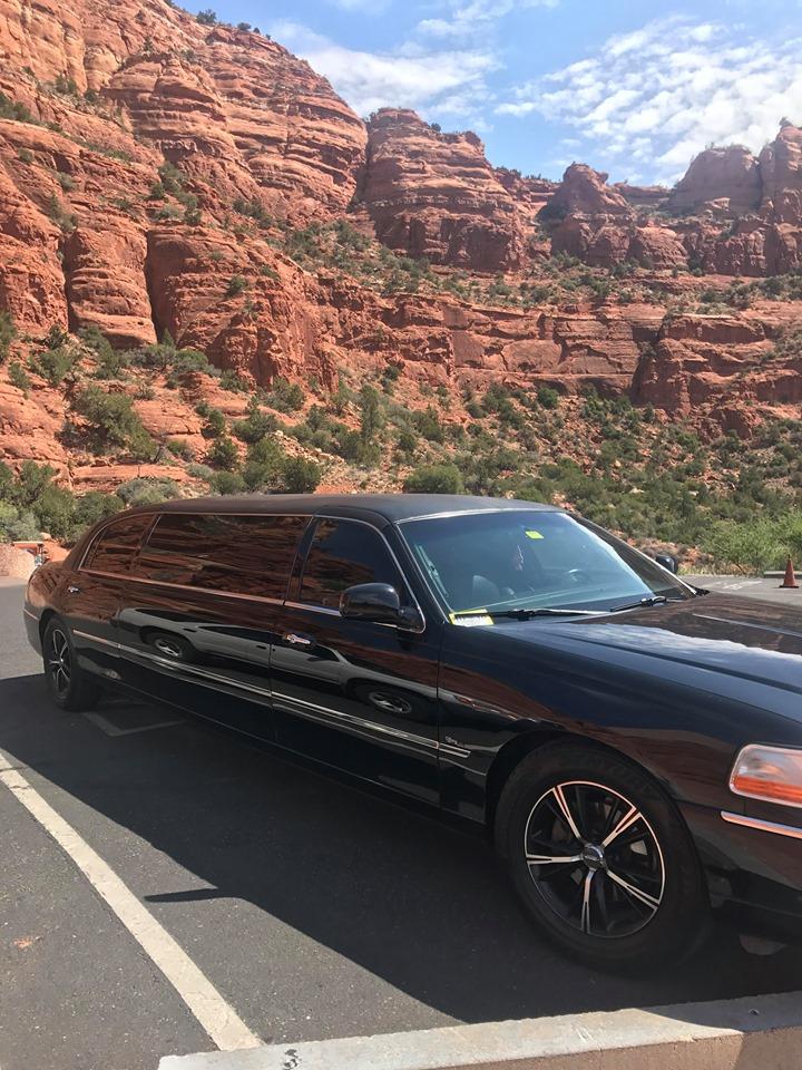 Sedona Tours from Phoenix limousine